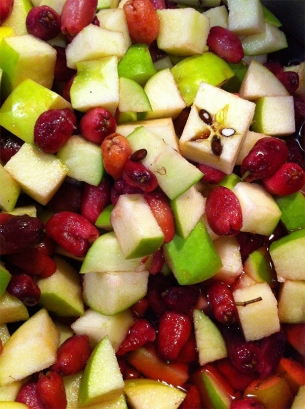 Chopped lilly pilly and apple.